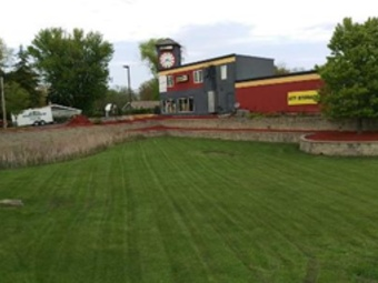 Yard mowing company in Oswego, IL, 60543