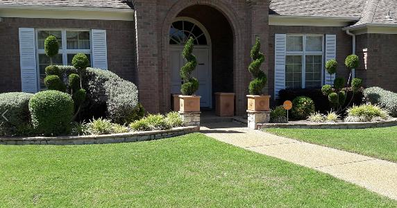 Yard mowing company in Fort Worth, TX, 76133