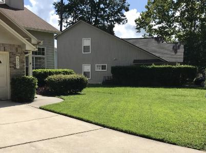 Yard mowing company in Jacksonville, FL, 32207