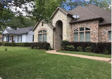 Yard mowing company in Irving, TX, 75039