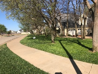 Yard mowing company in Norman , OK, 73072