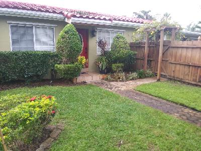Yard mowing company in Fort Lauderdale, FL, 33302