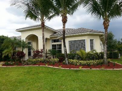 Yard mowing company in Davie, FL, 33325