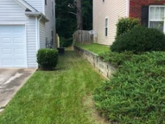 Yard mowing company in Fairburn, GA, 30213