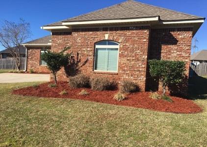 Yard mowing company in Jacksonville, FL, 32220