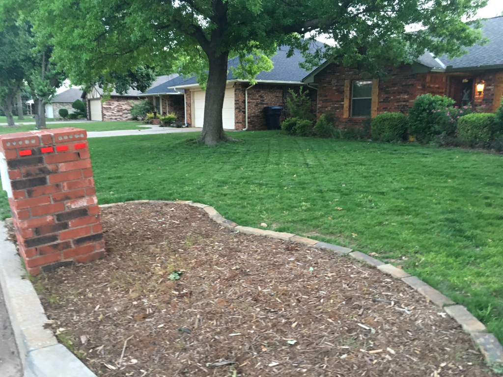 Yard mowing company in Oklahoma City, OK, 73116