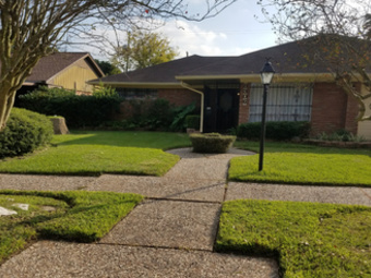 Yard mowing company in Houston, TX, 77389