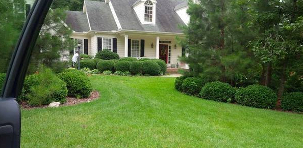 Yard mowing company in Cary, NC, 27511