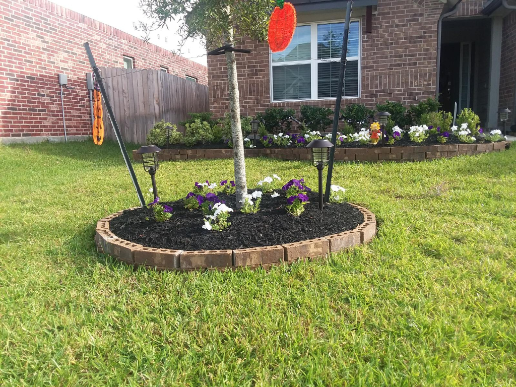 Yard mowing company in Houston, TX, 77064