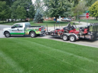 Yard mowing company in Whiteland, IN, 46184