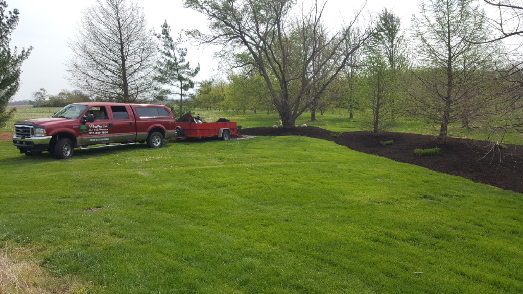 Yard mowing company in Indianapolis, IN, 46201