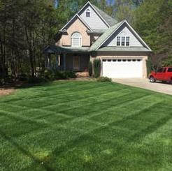 Yard mowing company in Cincinnati, OH, 45227