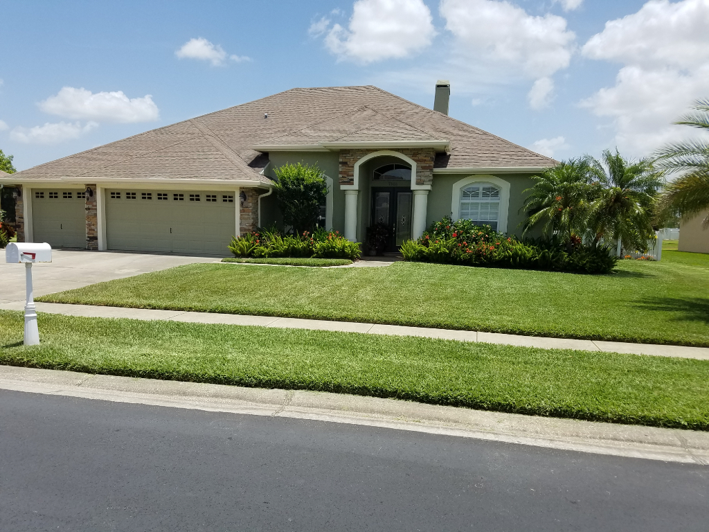 Yard mowing company in Winter Haven, FL, 33884