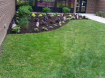 Yard mowing company in Columbus, OH, 43213