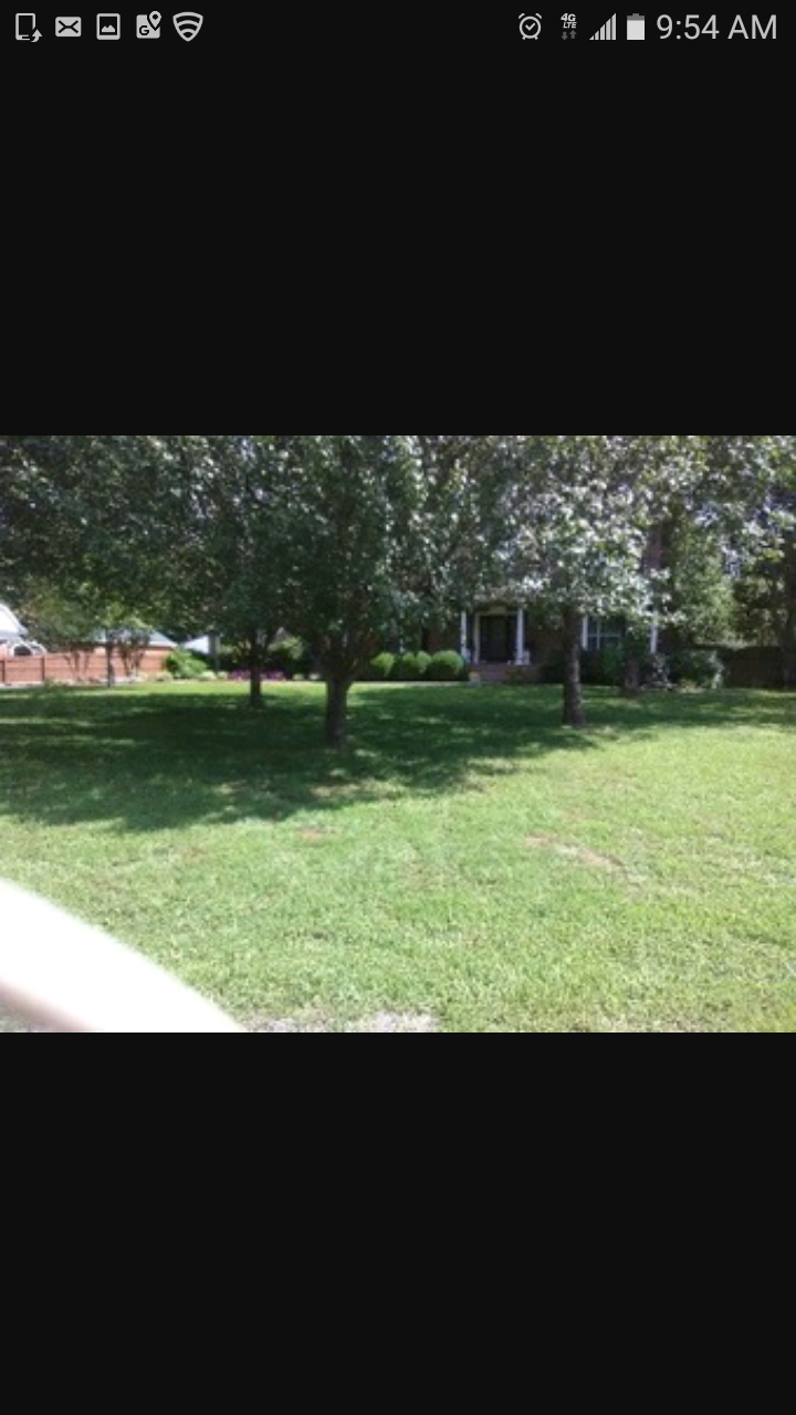 Yard mowing company in La Vergne, TN, 37086