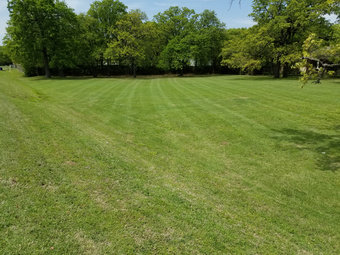 Yard mowing company in Shady Shores, TX, 76208
