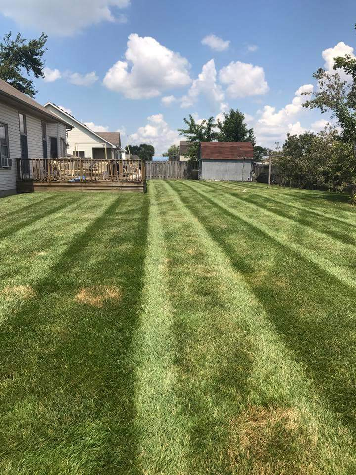 Yard mowing company in Dupont, IN, 47231