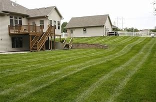 Yard mowing company in Troy, MO, 63379