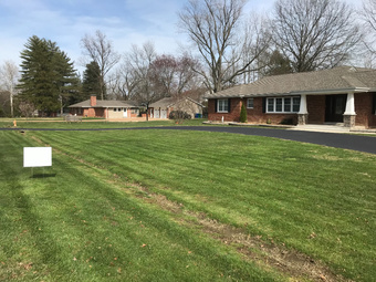 Yard mowing company in St. Louis, MO, 63128