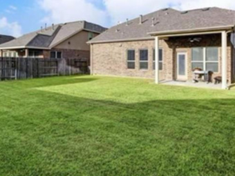 Yard mowing company in Baytown, TX, 77521