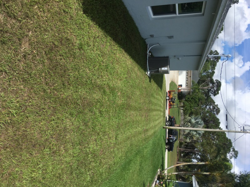 Yard mowing company in Stuart, FL, 34997
