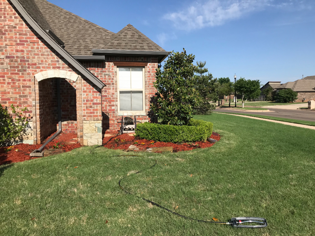 Yard mowing company in Edmond, OK, 73012