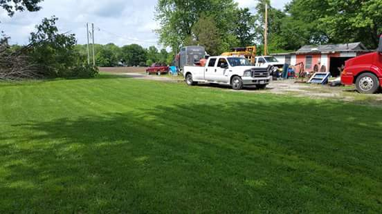 Yard mowing company in St Louis, MO, 63139