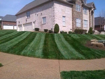 Yard mowing company in Goodlettsville, TN, 37072