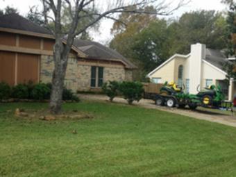 Yard mowing company in Bryan, TX, 77803
