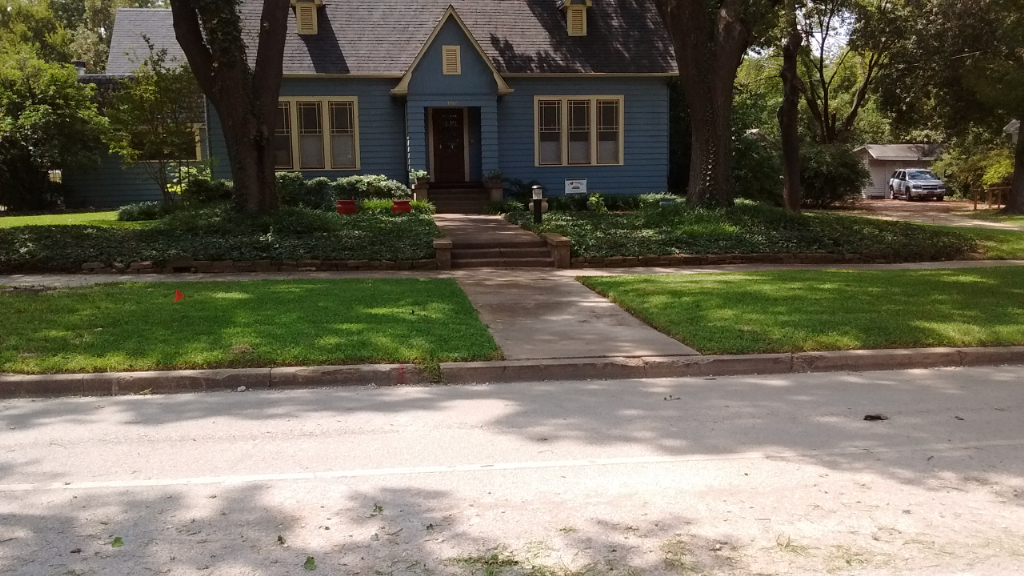 Yard mowing company in Palmer, TX, 75152