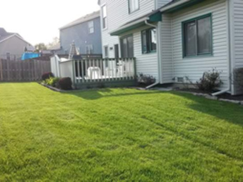 Yard mowing company in Park City, IL, 60085