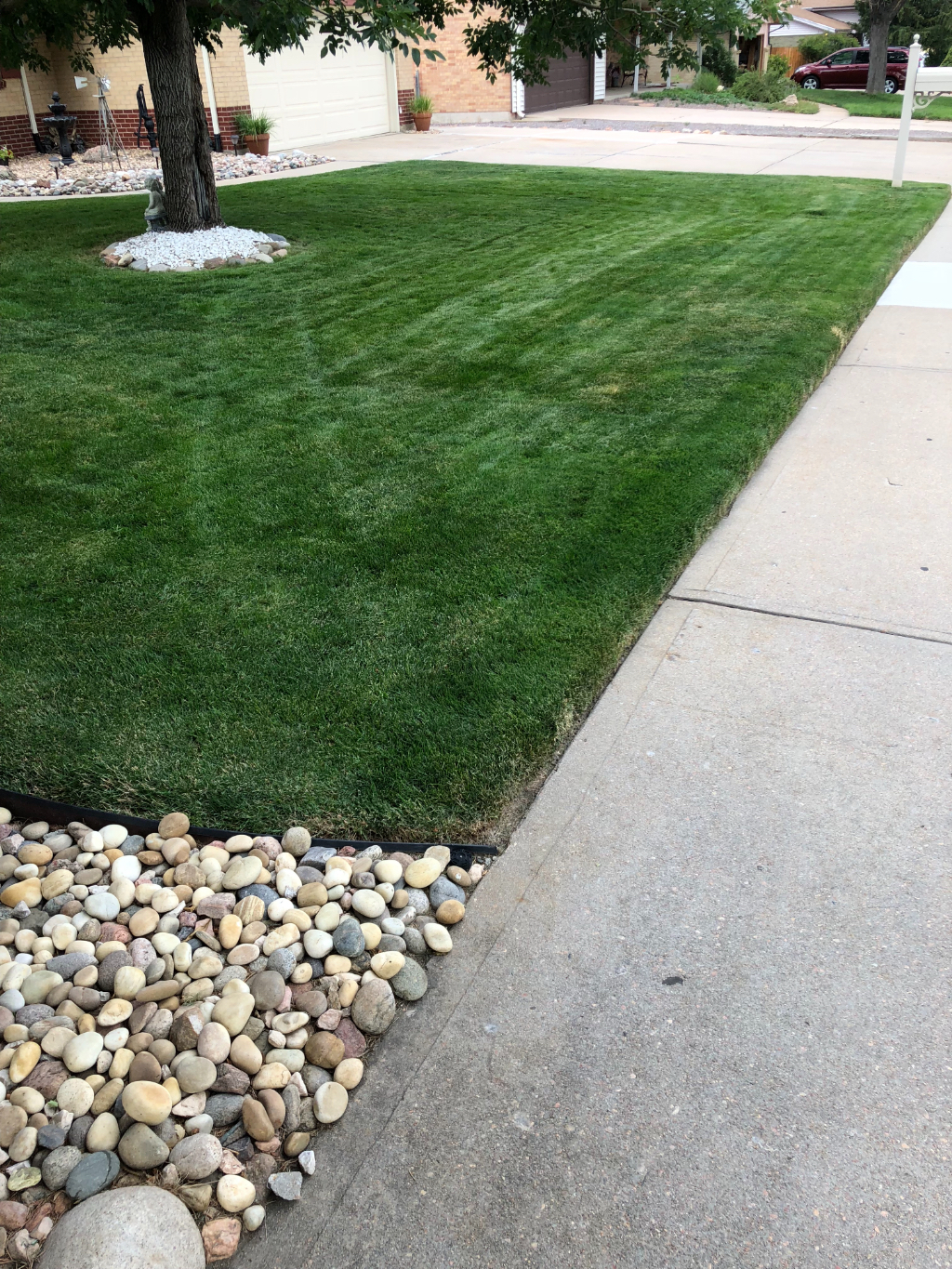 Yard mowing company in Littleton, CO, 80123