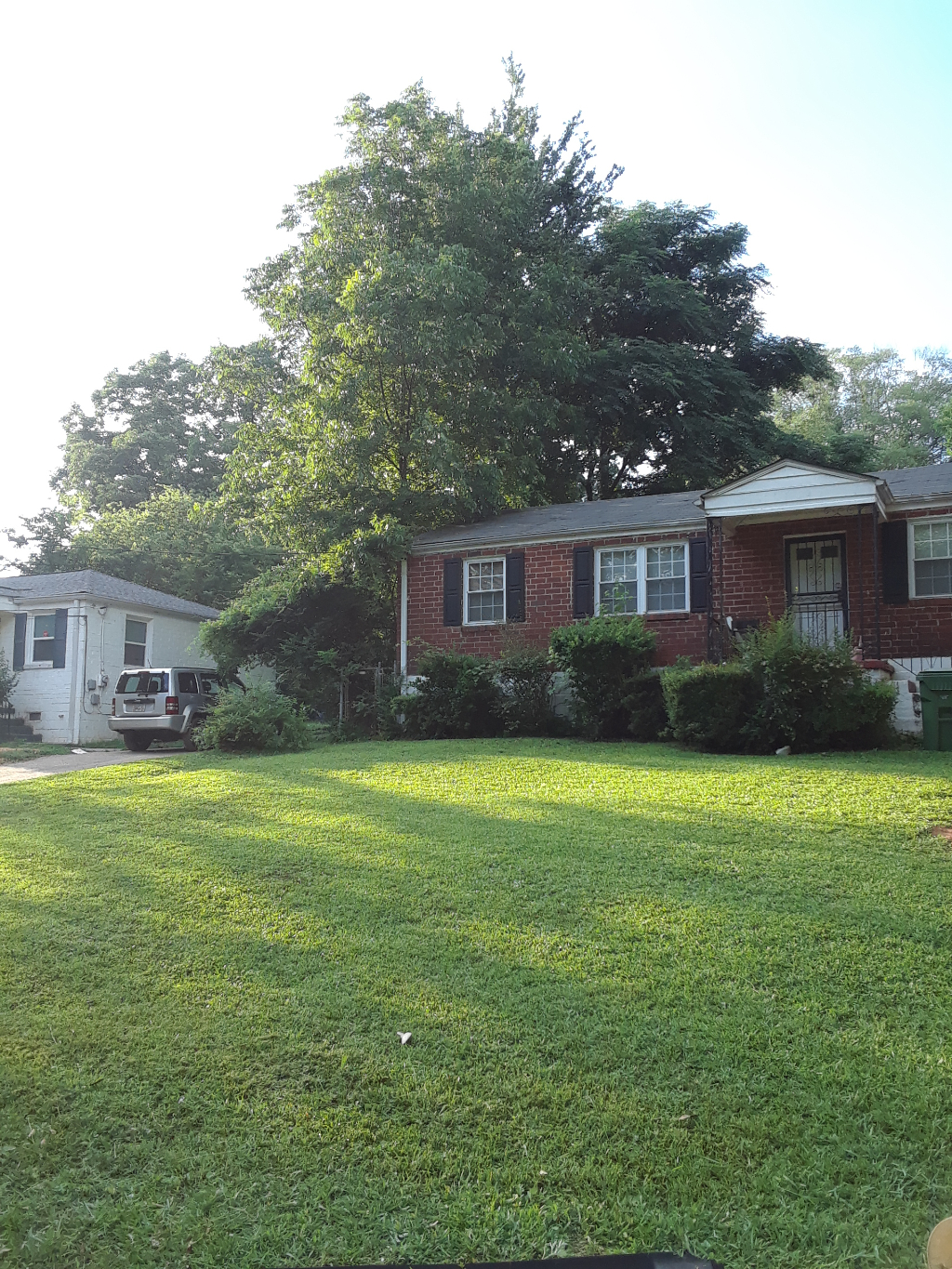 Yard mowing company in Decatur, GA, 30032