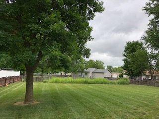 Yard mowing company in St. Peters, MO, 63376