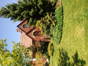 Yard mowing company in Cleveland, OH, 44120