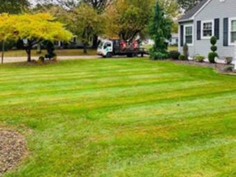 Yard mowing company in Ashtabula, OH, 44004