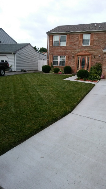 Yard mowing company in Norfolk, VA, 23504