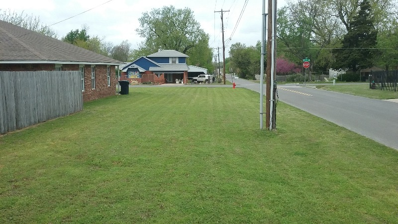 Yard mowing company in Bethany, OK, 73162