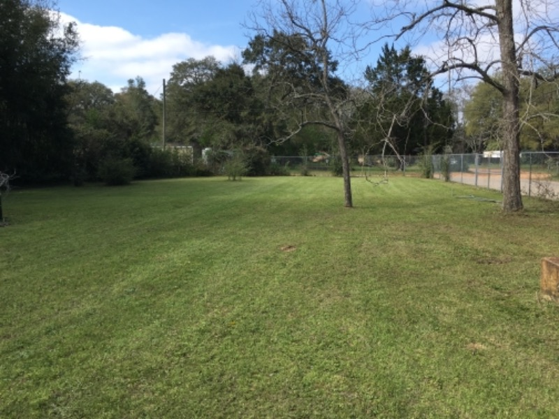Yard mowing company in Pensacola, FL, 32505