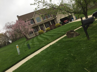 Yard mowing company in Cleveland, OH, 44028