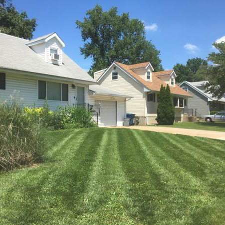 Yard mowing company in Benld, IL, 62002