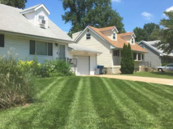Yard mowing company in Benld, IL, 62009