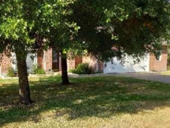 Yard mowing company in Austin, TX, 76574