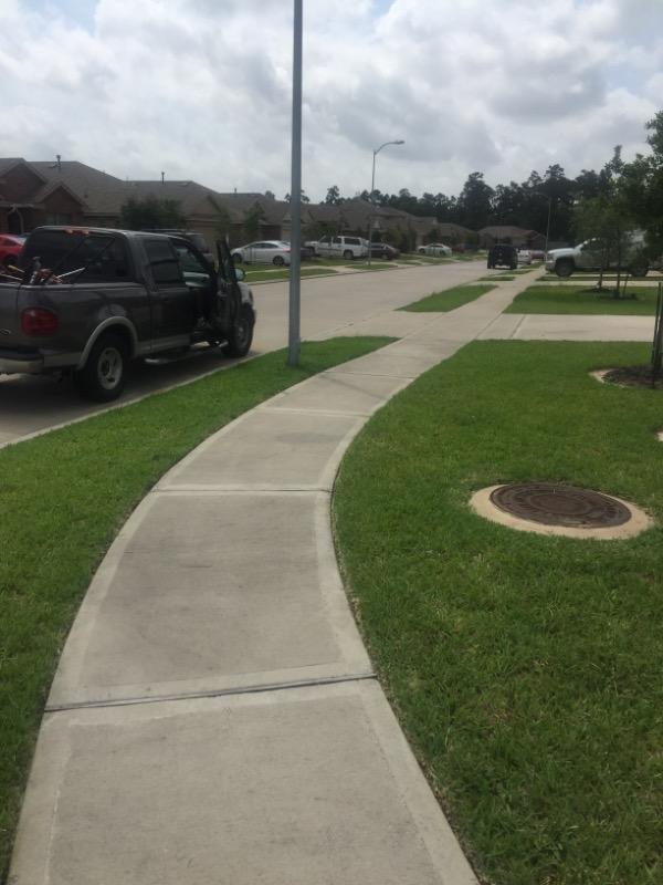 Yard mowing company in Houston, TX, 77066
