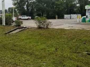 Yard mowing company in Spring Hill, FL, 34609