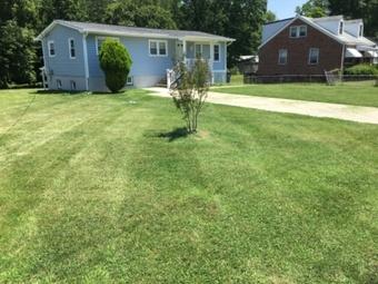 Yard mowing company in Upper Marlboro, MD, 20772
