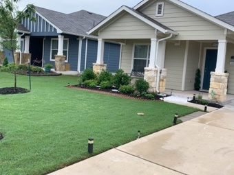 Yard mowing company in Hutto, TX, 78634