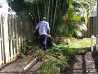 Yard mowing company in Hobe Sound, FL, 33455