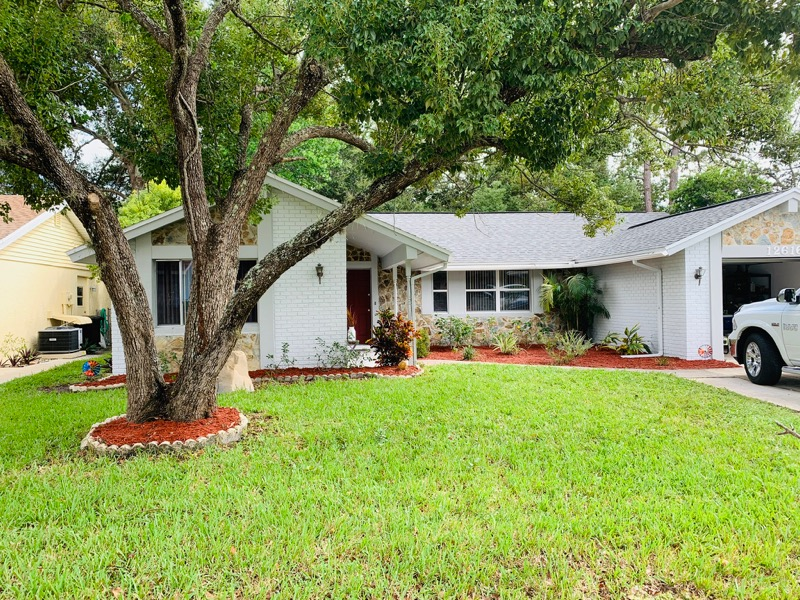 Yard mowing company in Holiday, FL, 34690