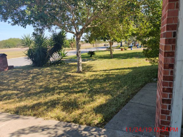 Yard mowing company in Mission, TX, 78572